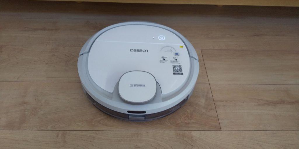 ロボット掃除機 DEEBOTの画像