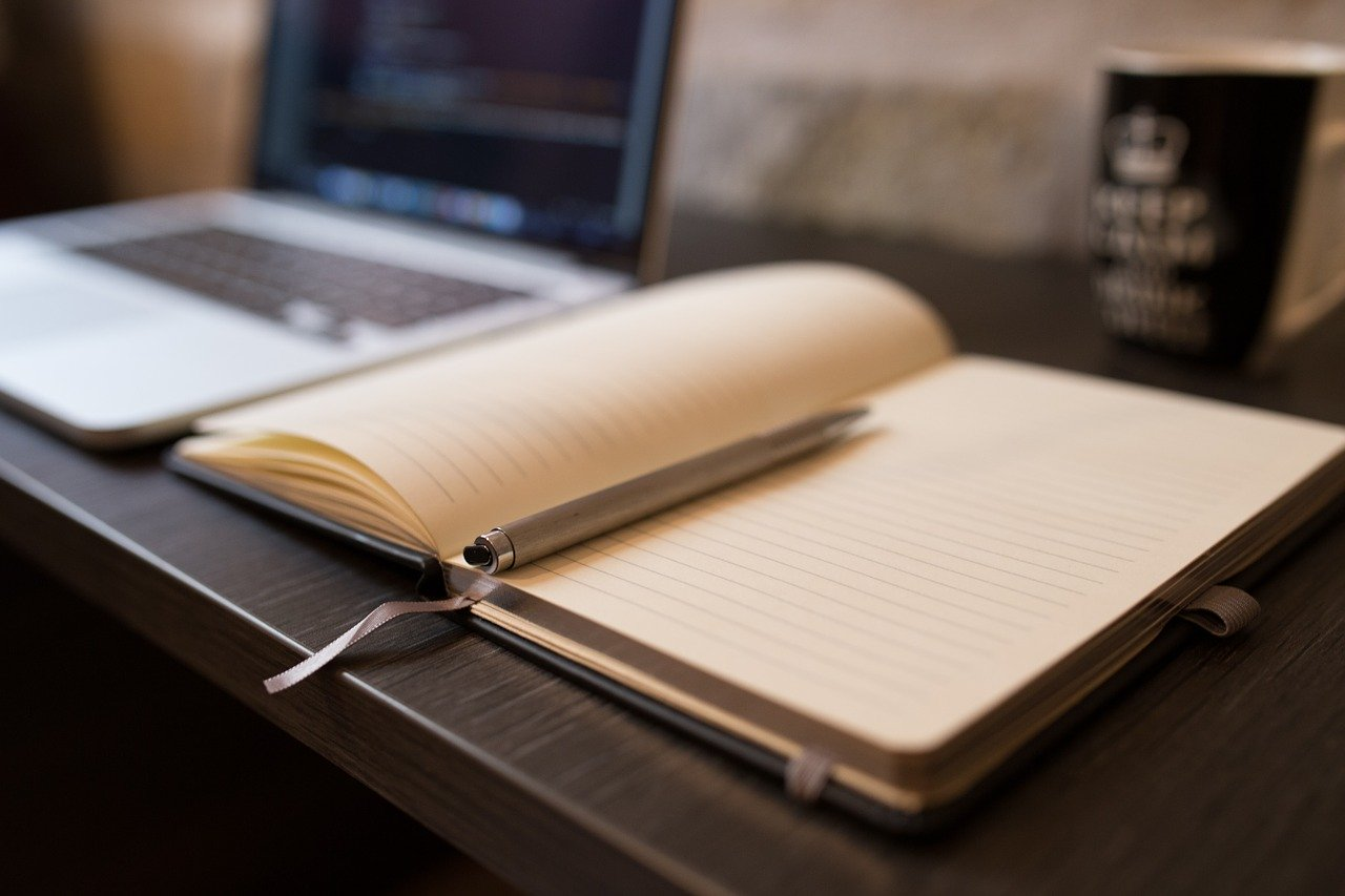 OneNote無料で簡単に使える便利ツールでサラリーマンの議事録等の管理におすすめ!